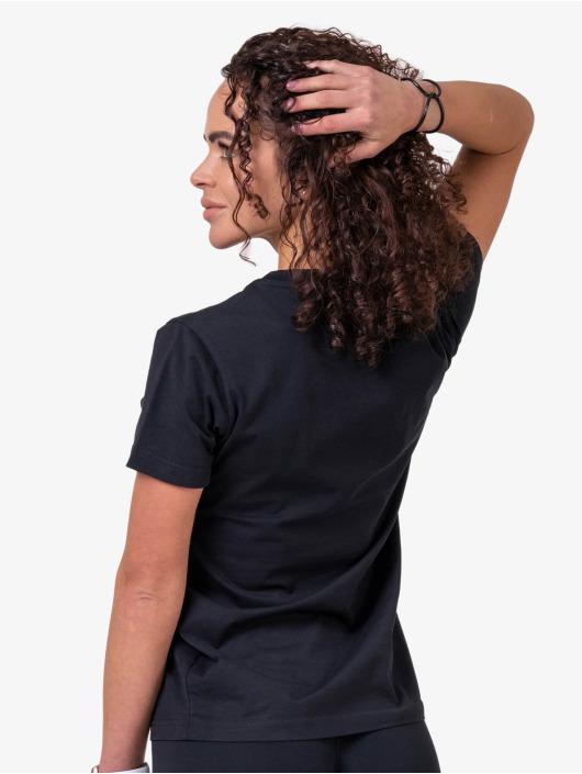 Nebbia t-shirt Basic zwart