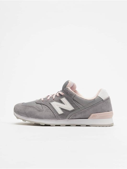 new balance grijs roze