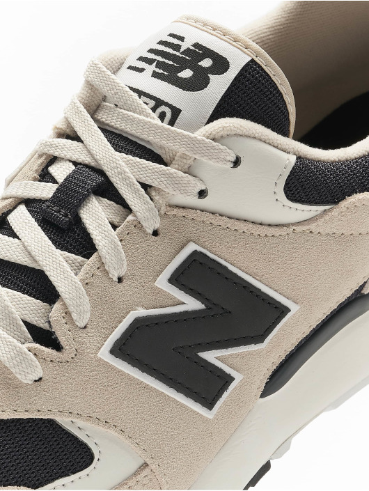 New Balance Sneakers Ml570 D bialy