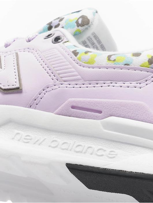 New Balance Sneakers Lifestyle lila