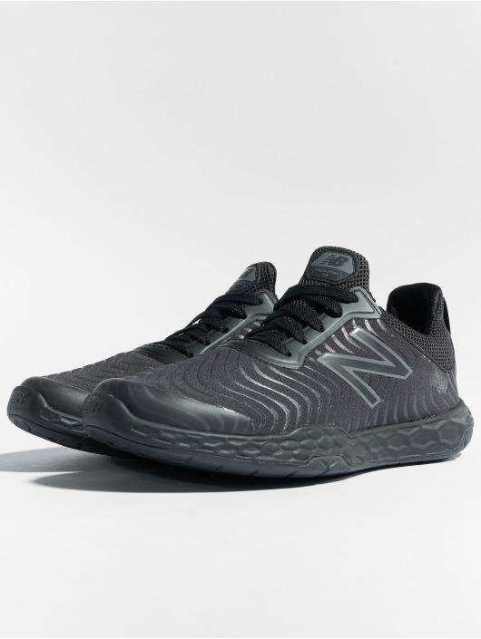 New Balance Sport Sneaker Fresh Foam 818v3 schwarz
