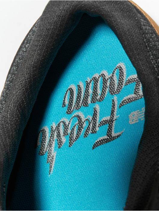 New Balance Sport Sneaker Fresh Foam Arishi schwarz