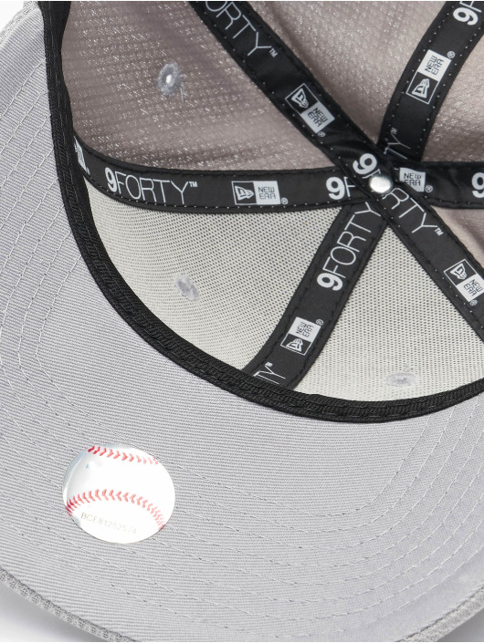New Era Кепка с застёжкой MLB New York Yankees ALT Team Diamond Era серый