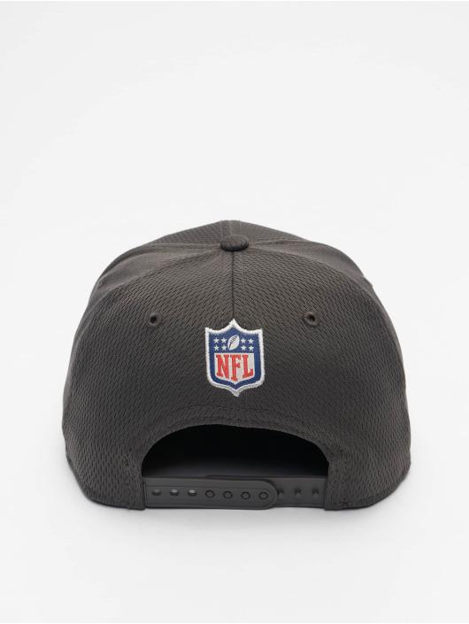 New Era Кепка с застёжкой NFL Tampa Bay Buccaneers Sideline Road 9Fifty серый