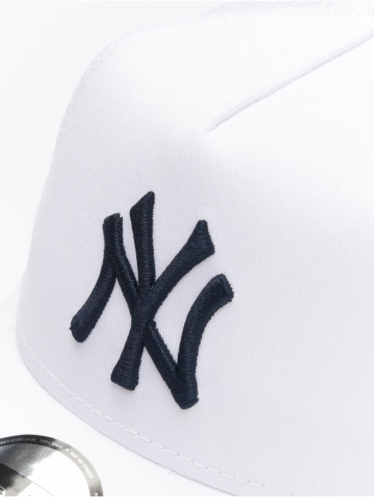 New Era Кепка тракер MLB NY Yankees League Essential белый