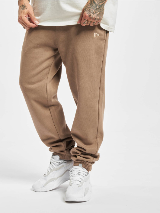 New Era Спортивные брюки New Era MLB NY Yankees Seasonal Logo Relaxed Sweat Pants коричневый