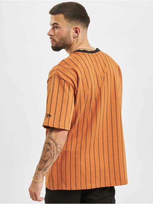 New Era Футболка Oversized NY Pinstripe коричневый