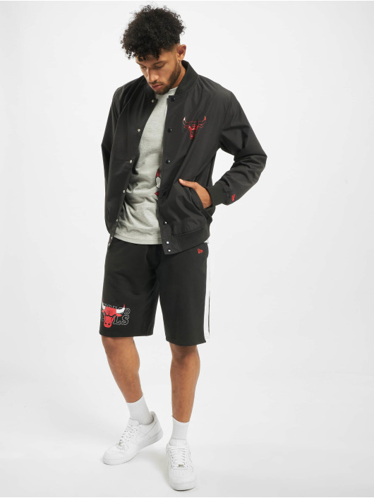 New Era Bomberjacke NBA Chicago Bulls Team Logo schwarz