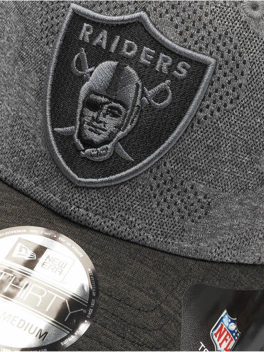 New Era Casquette Flex Fitted NFL Oakland Raiders Engineered Plus 39Thirty noir