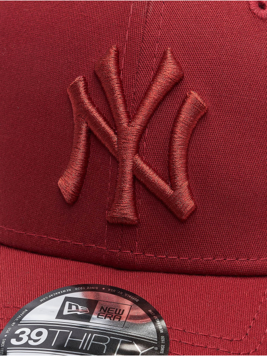 New Era Casquette Flex Fitted MLB New York Yankees League Essential 39Thirty rouge