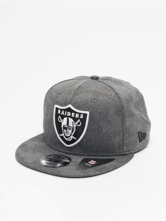 New Era Casquette Snapback & Strapback NFL Oakland Raiders Engineered Plus 9Fifty gris