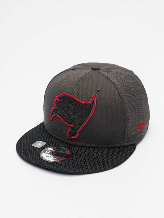 New Era Casquette Snapback & Strapback NFL Tampa Bay Buccaneers Sideline Road 9Fifty gris