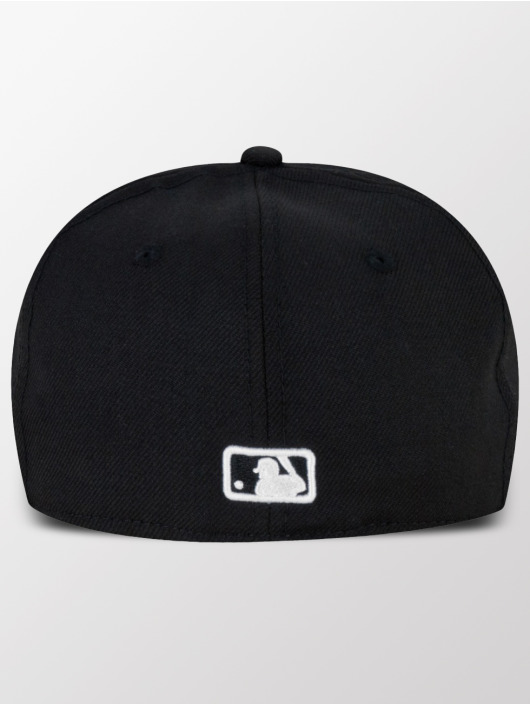 New Era Fitted Cap MLB Basic Boston Red Sox Pitching èierna
