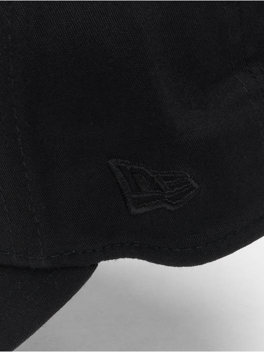 New Era Fitted Cap 3930 League Essential LA Dodgers black