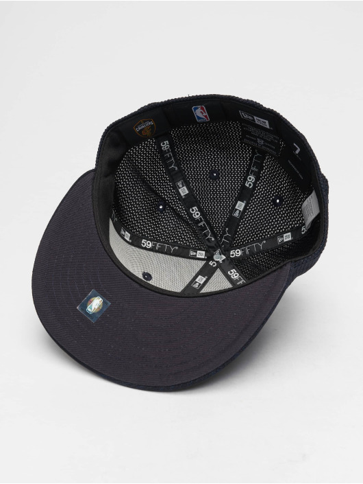 New Era Fitted Cap NBA Engineered Fit Cleveland Cavaliers 59 Fifty blau