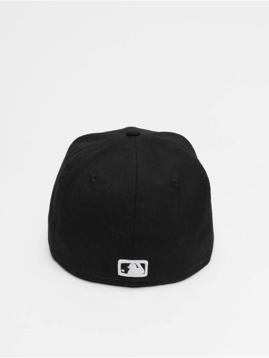cc286331 New Era Fitted Cap MLB Basic NY Yankees in schwarz 5238