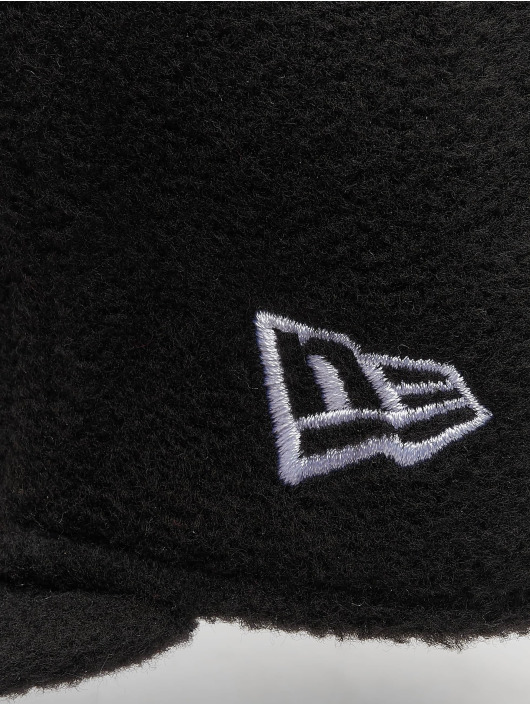 New Era Fitted Cap NFL Wintr Utlty Micro Fleece Oakland Raiders 59 Fifty schwarz