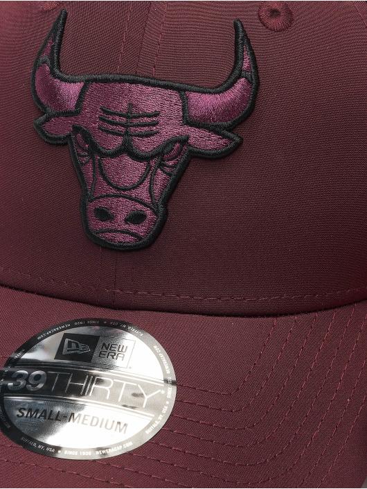 New Era Flexfitted Cap NBA Chicago Bulls Mesh Back 39Thirty èervená