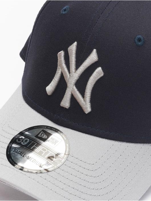 New Era Flexfitted Cap MLB NY Yankees League Essential 39Thirty čern
