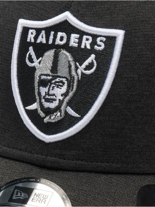 New Era Flexfitted Cap NFL Oakland Raiders Shadow Tech 39thirty šedá