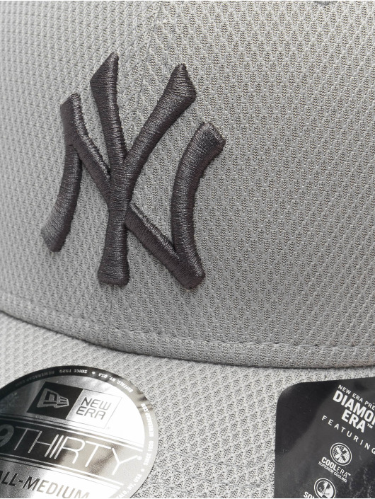 New Era Flexfitted Cap MLB NY Yankees Team 39thirty šedá