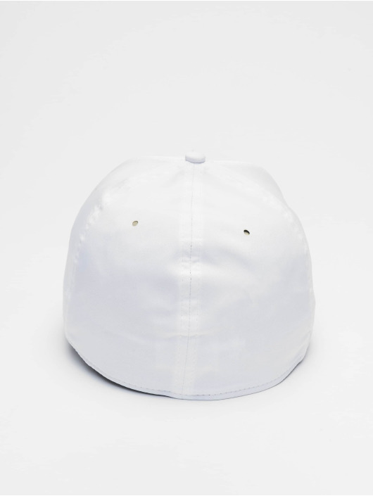 New Era Flexfitted Cap Tech Seam 39thirty biela
