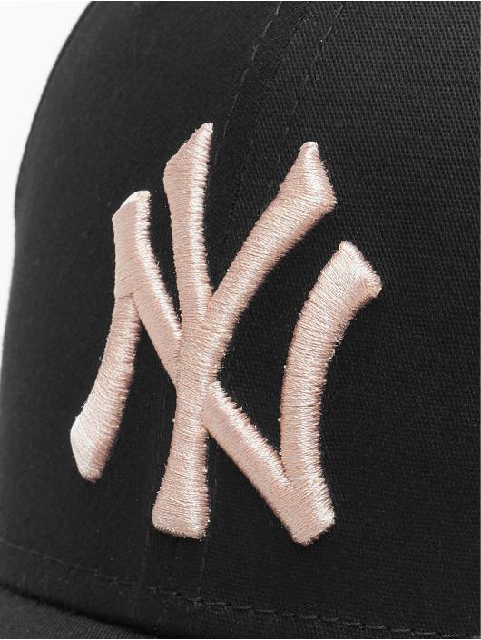 New Era Flexfitted Cap MLB NY Yankees League Essential 39Thirty black