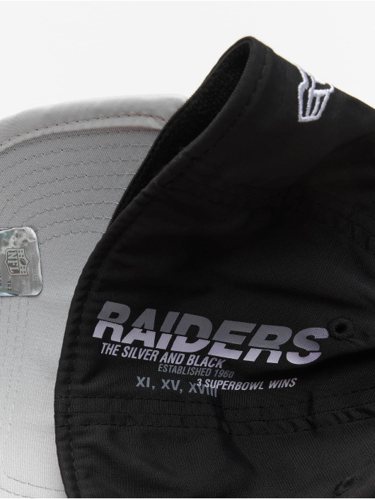 New Era Flexfitted Cap NFL Oakland Raiders Back Script 39Thirty czarny
