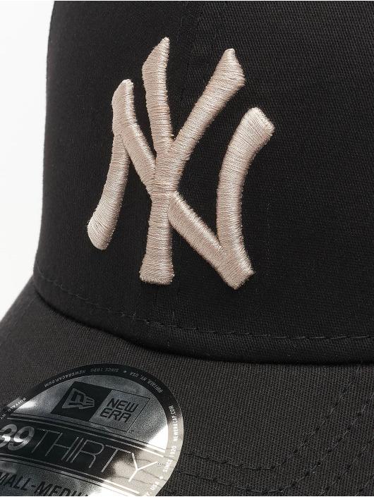 New Era Flexfitted Cap MLB NY Yankees League Essential czarny
