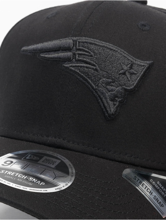 New Era Flexfitted Cap Tonal Black 9Fifty New England Patriots czarny