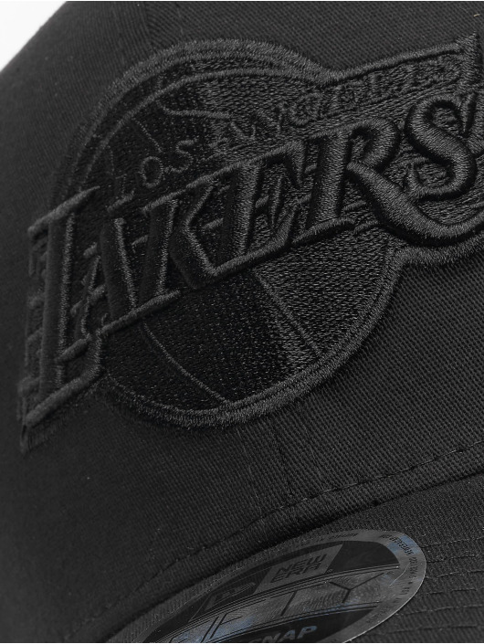 New Era Flexfitted Cap Tonal Black 9Fifty LA Lakers czarny