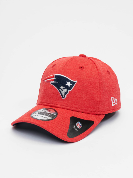 New Era Flexfitted Cap NFL New England Patriots Shadow Tech 39thirty czerwony