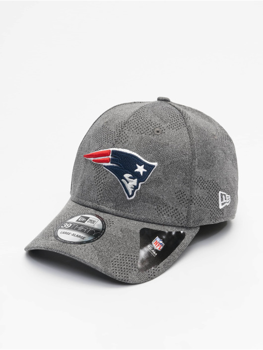 New Era Flexfitted Cap NFL New England Patriots Engineered Plus 39Thirty gray