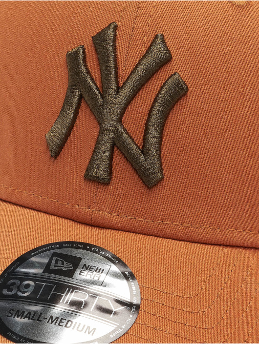 New Era Flexfitted Cap Mlb Properties New York Yankees League Essential 39thirty hnědý