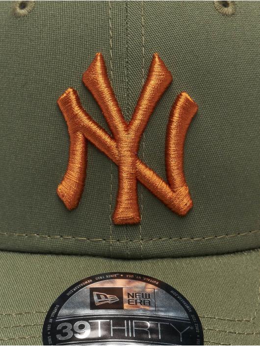 New Era Flexfitted Cap MLB New York Yankees League Essential 39Thirty olive