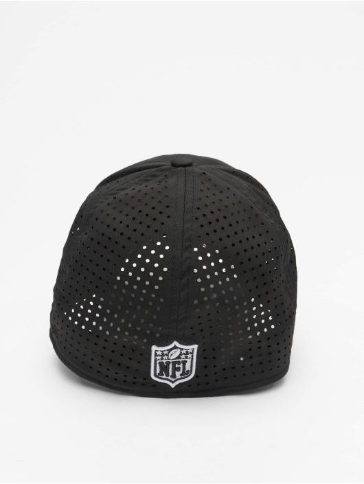 New Era Flexfitted Cap NFL Oakland Raisders Feather Perf 39Thirty schwarz