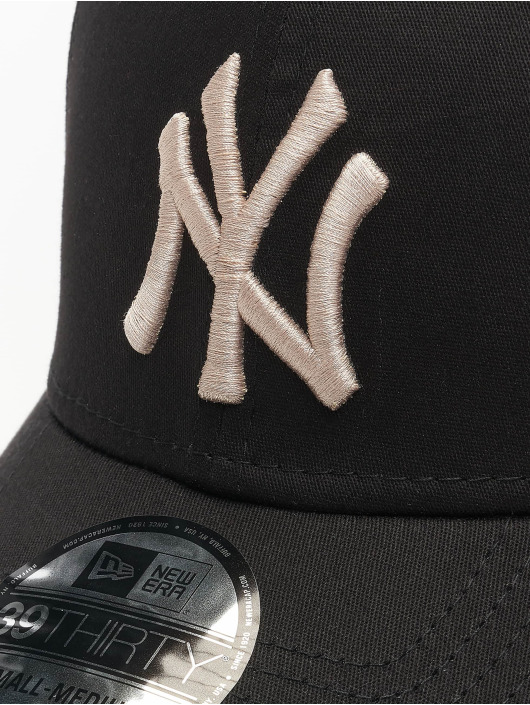 New Era Flexfitted Cap MLB NY Yankees League Essential schwarz