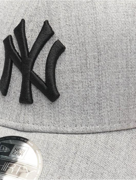 New Era Flexfitted Cap MLB NY Yankees Essential 39Thirty szary