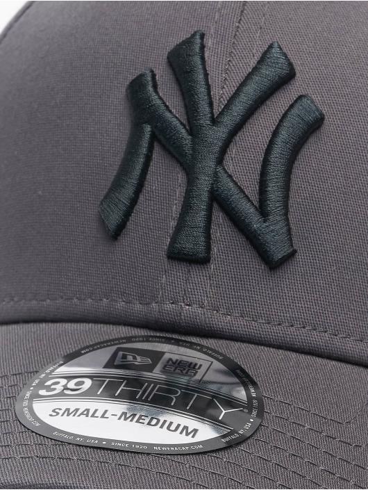 New Era Flexfitted Cap Mlb Properties New York Yankees League Essential 39thirty szary