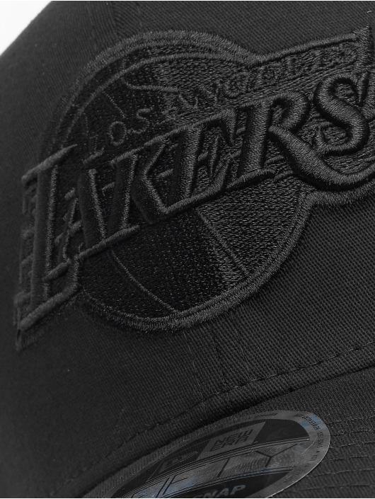 New Era Flexfitted Cap Tonal Black 9Fifty LA Lakers zwart