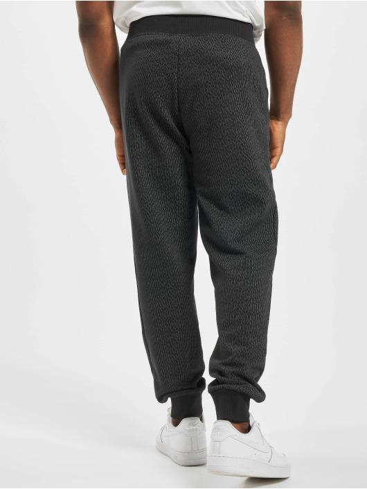 New Era Jogging kalhoty Rain Camo čern