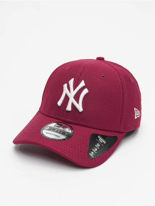 New Era Snapback NY Yankkees Diamond Era Essential 9Forty èervená