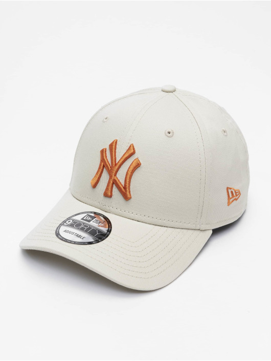 New Era Snapback Cap MLB League Essential New York Yankees 9Forty beige