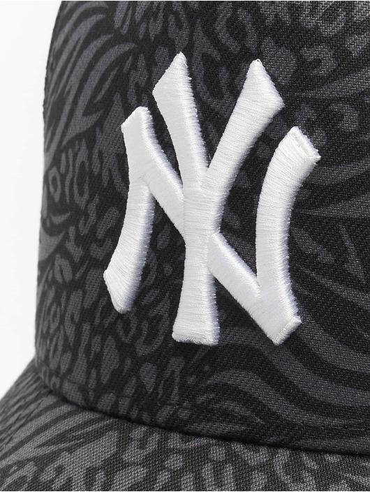 New Era Snapback Cap MLB New York Yankees Trucker Hook black