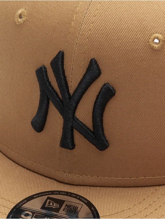 New Era Snapback Cap 9fifty League Essential NY Yankees brown