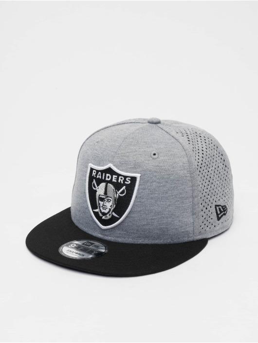 New Era Snapback Cap NFL Oakland Raiders Shadow Tech 9fifty grau