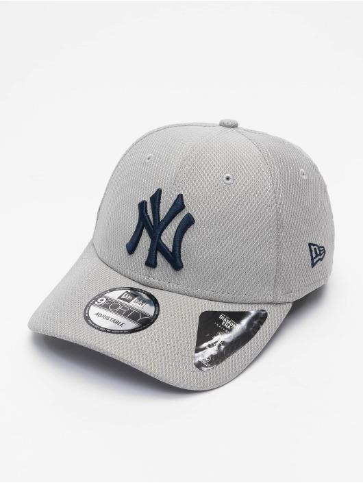 New Era Snapback Cap MLB New York Yankees ALT Team Diamond Era grau