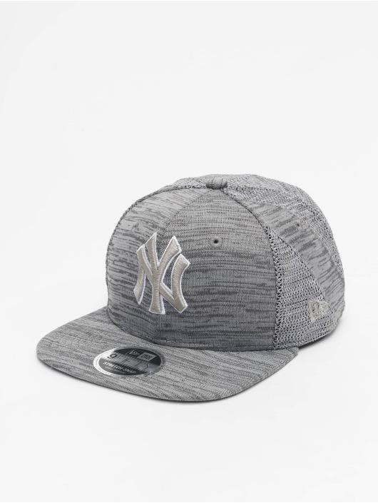 New Era Snapback Cap MLB NY Yankees Engineered Fit 9Fifty gray