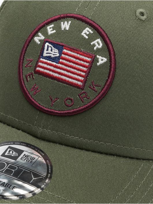 New Era Snapback Cap Flagged 9Forty olive