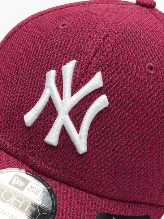 New Era Snapback Cap NY Yankkees Diamond Era Essential 9Forty red